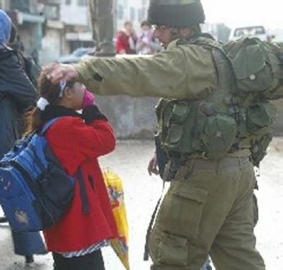 400_0___10000000_0_0_0_0_0_soldiers_child.jpg